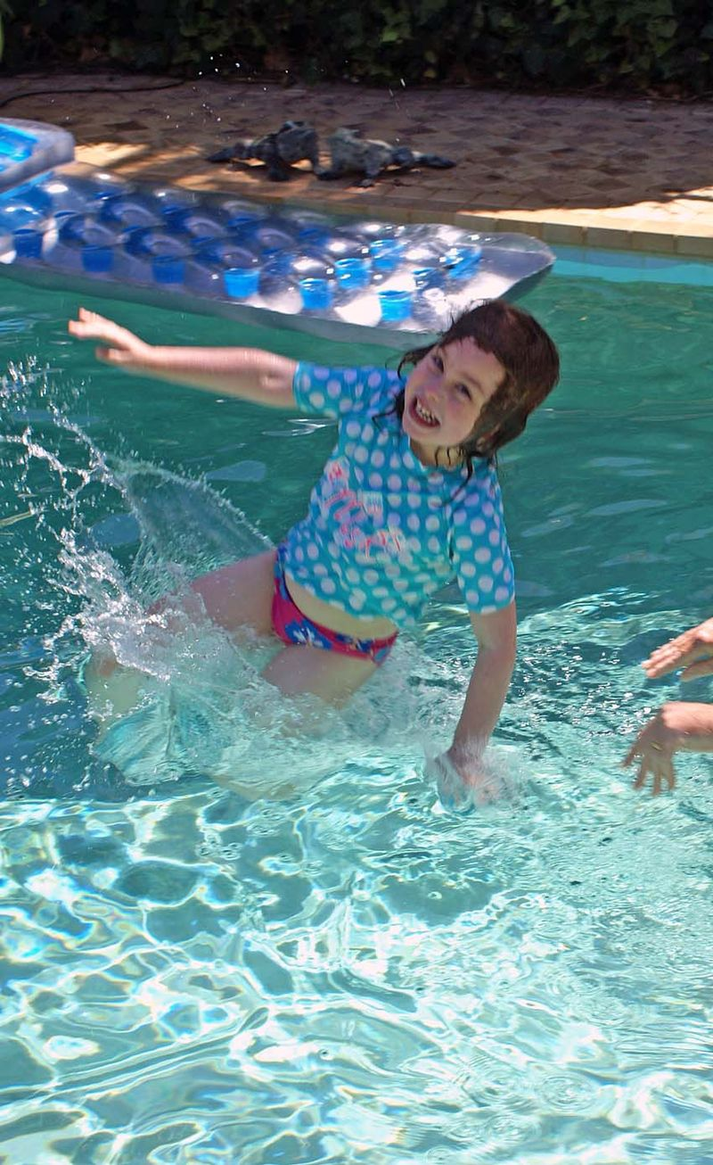 Pool Isabella 1