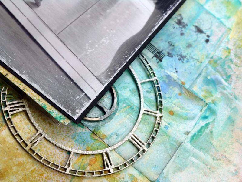 Timeless elegance close up clock 1