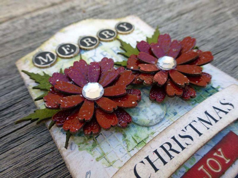 Christmas ATC Merry close up